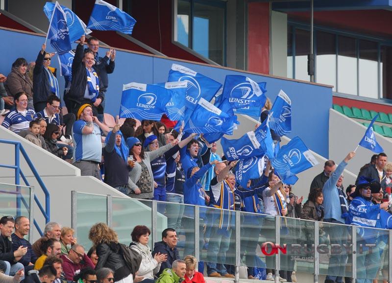 Anche se solo davanti alla TV, i tifosi di Leinster si sono goduti un'altra grande vittoria della loro squadra ph. Francesca Soli