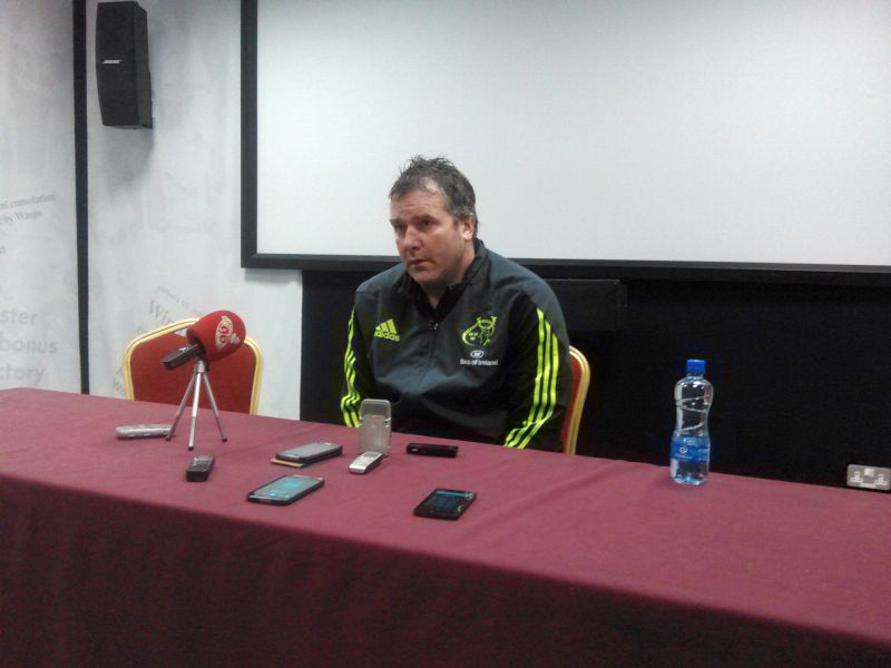 Il coach di Munster Anthony Foley nella conferenza stampa a fine gara