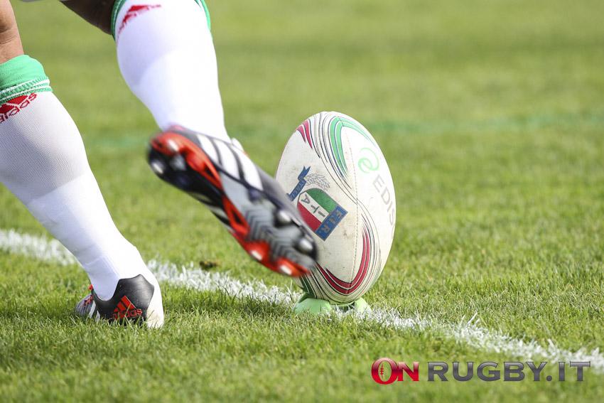 palla calcio punizione rugby