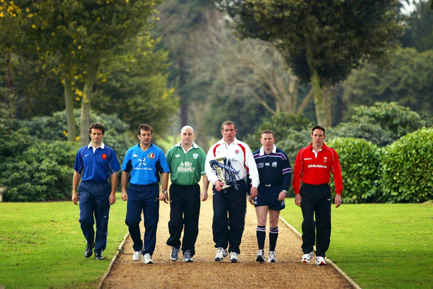 Fabien Galthie, Alessandro Moscardi, Keith Wood, Phil Vickery, Andy Nicol. Mark Taylor - 2002 Six Nations - Ph A. DENNIS/AFP
