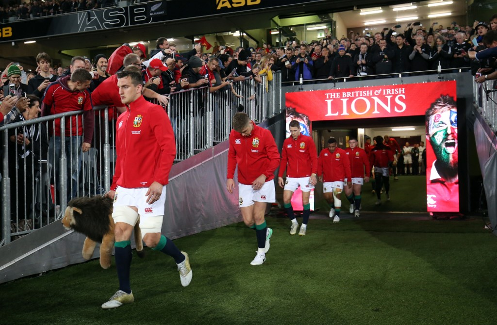 I Lions lavoreranno sull'isola di Jersey prima del tour in Sudafrica (Photo by MICHAEL BRADLEY / AFP)