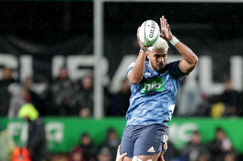 Hoskins Sotutu farà l'esordio da titolare con la maglia della Nuova Zelanda (Photo by DAVID ROWLAND / AFP)