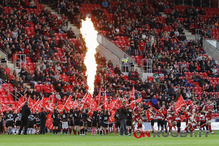 Scarlets - Josh Helps - cartellino rosso