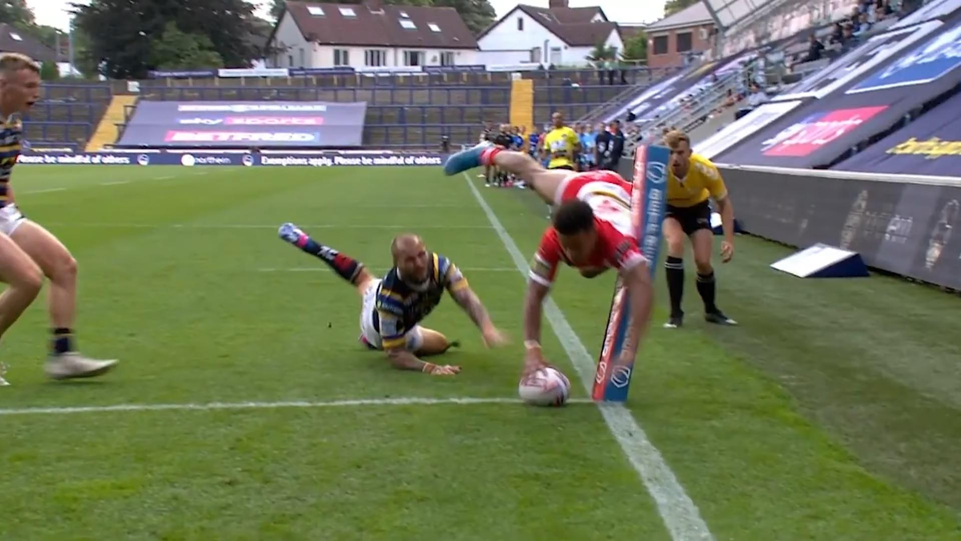 Rugby League: grande prestazione di Regan Grace contro i Leeds Rhinos