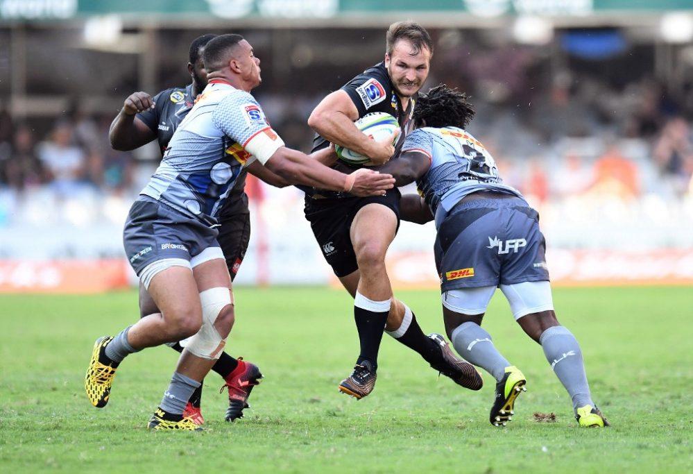 Un'immagine di Sharks-Stormers. Nick Mallett ha criticato il rugby attualmente giocato in Sudafrica. PH: AFP