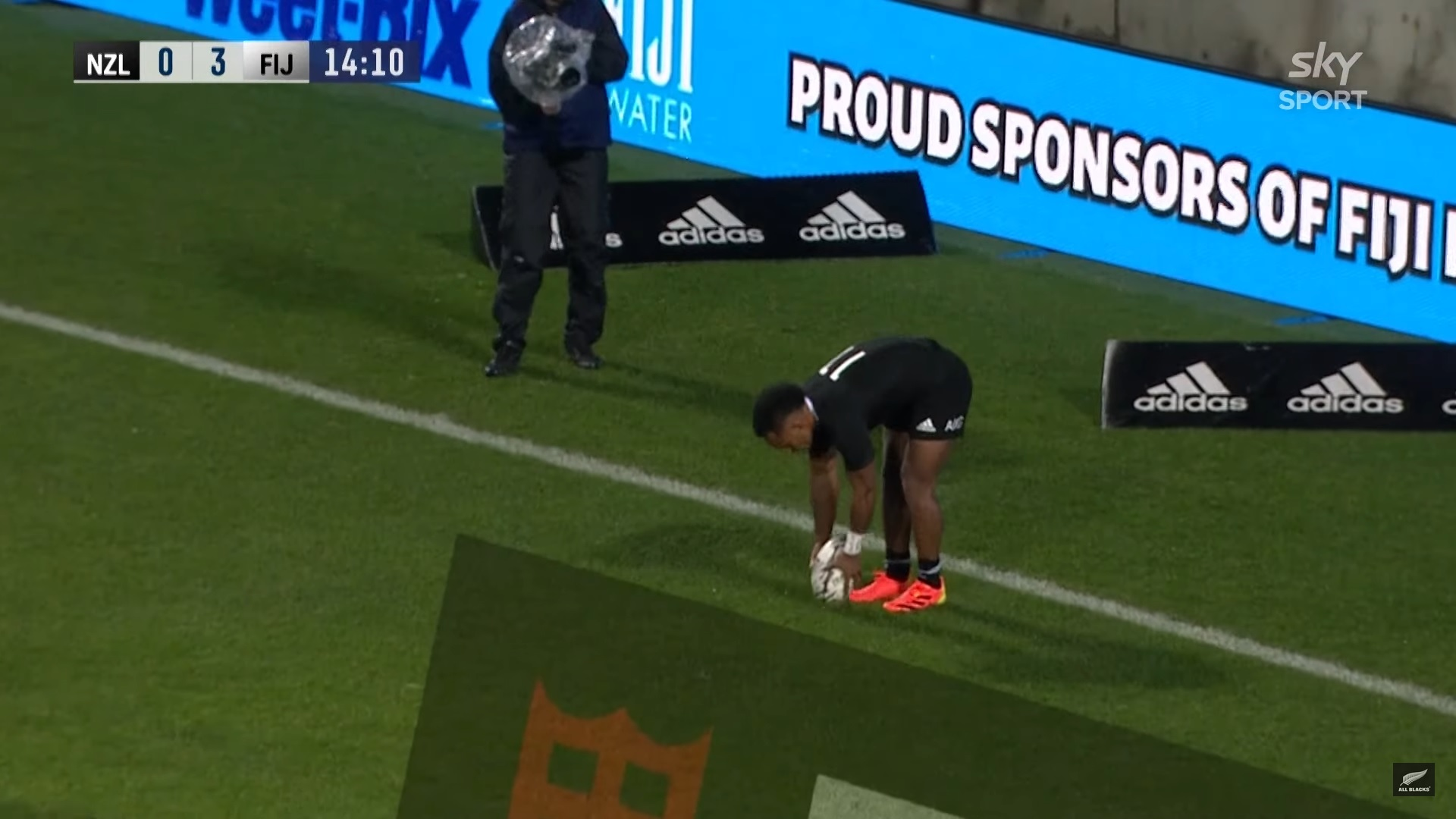 Video: la sintesi di All Blacks-Fiji con le nove mete neozelandesi