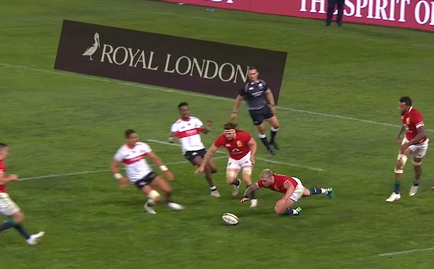 Video: Stuart Hogg non molla mai